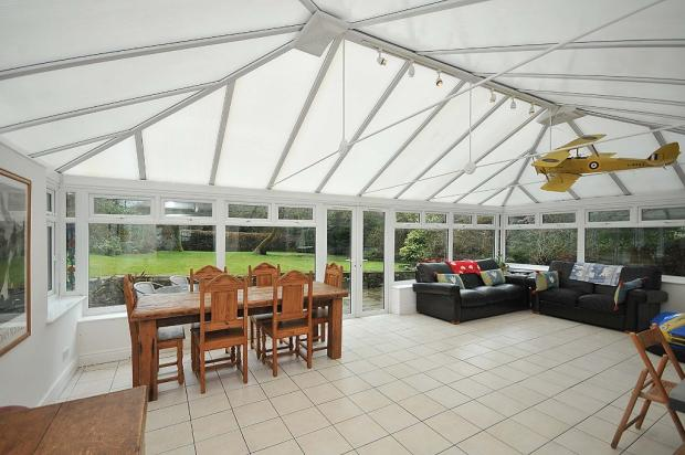 CONSERVATORY/FAMILY