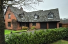 5 bed Detached home in Mentmore Gardens...