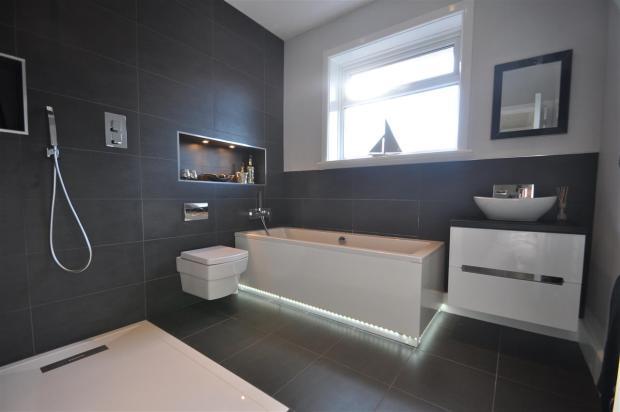 Family Bath / Shower