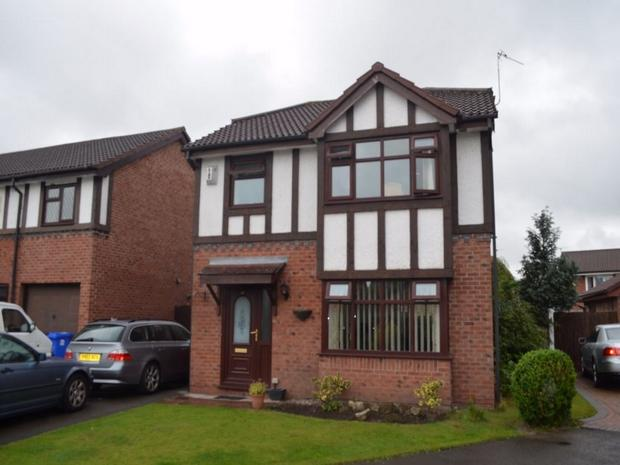 3 bedroom detached house for sale in lea cross grove widnes cheshire wa8 Home architecture widnes