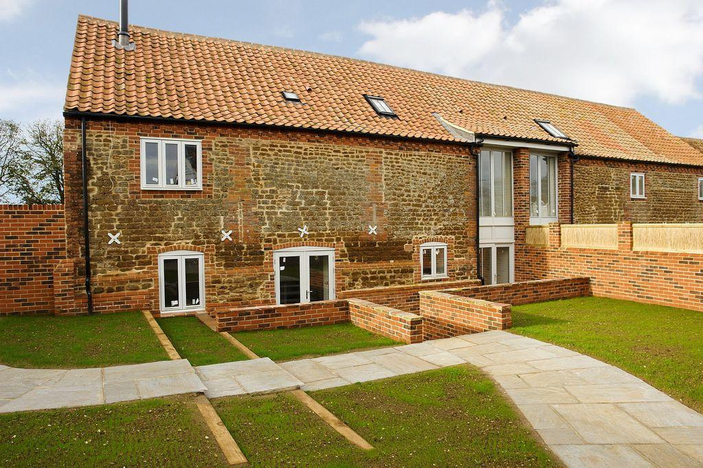 3 Bedroom Barn Conversion For Sale In Snettisham Pe31