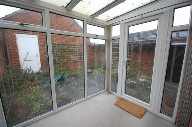 DOUBLE GLAZED CONSER