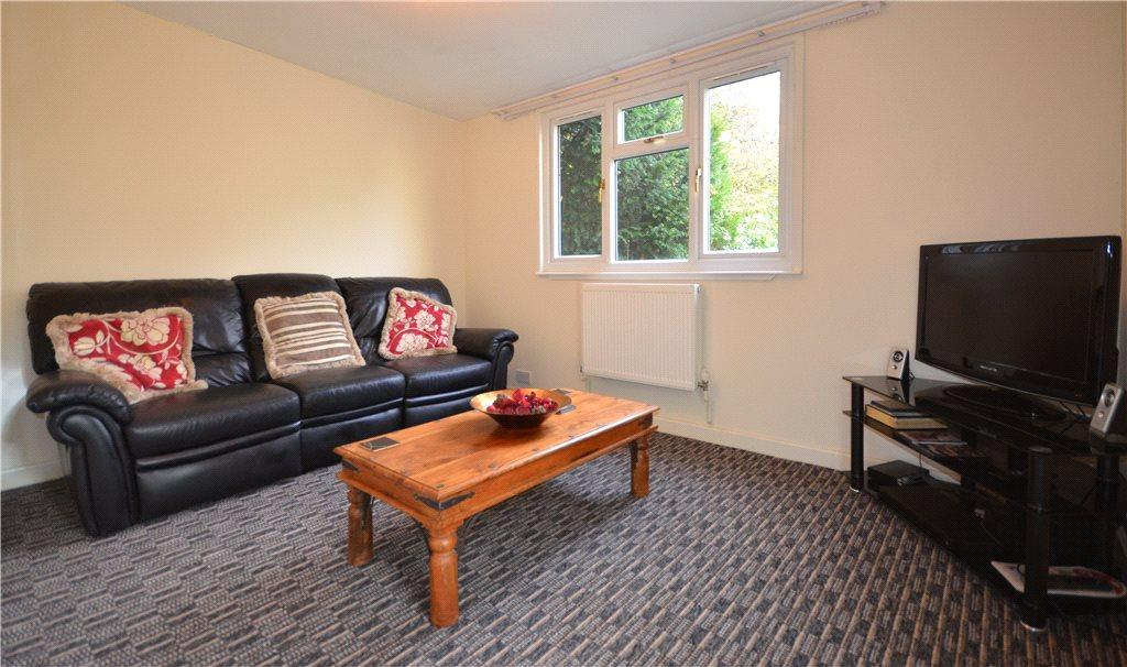 Annexe/ Living Room