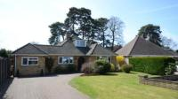 4 bedroom Bungalow for sale in Rowan Close, Fleet...