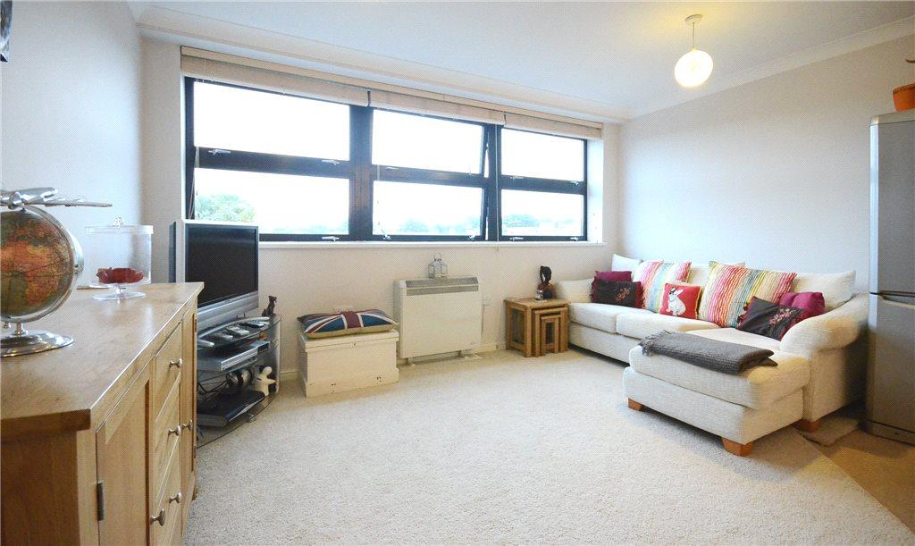 Living Room Alternat