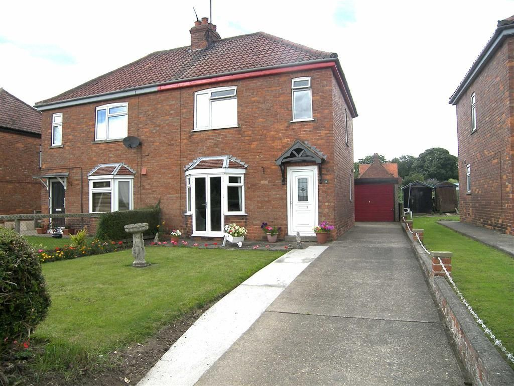 2 bedroom semi detached house for sale in council houses for 2 bedroom house for sale