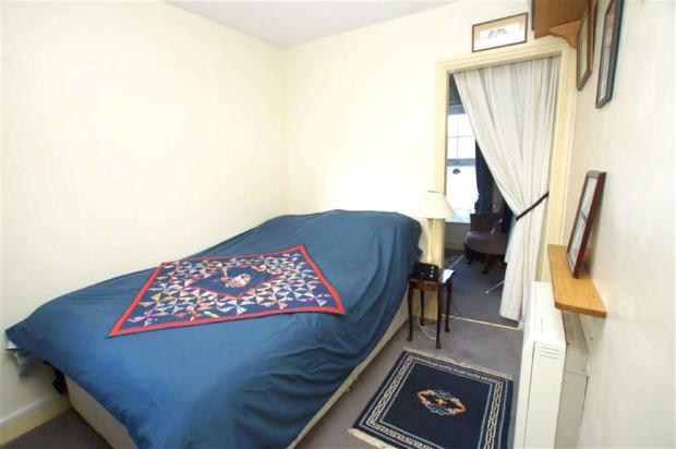 Bedroom 2/Dressing R