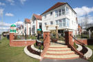 1 bedroom Ground Flat in Avenue Road, Lymington...