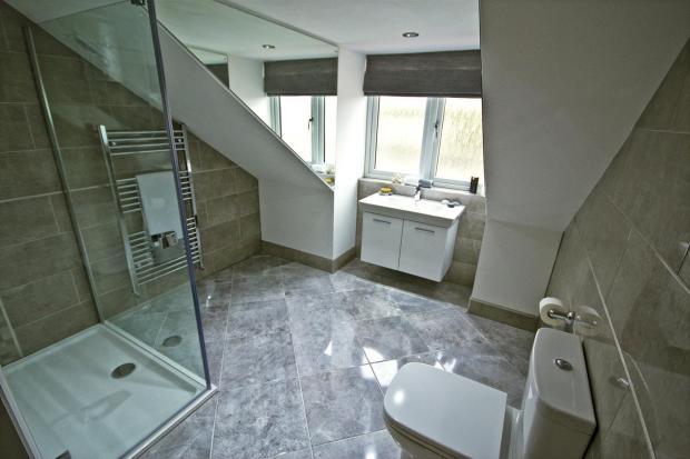 Master En Suite Bath