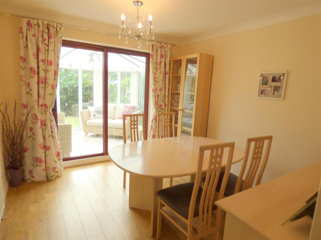 Dining Room/Family R
