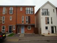 3 bed Town House to rent in Halifax Road, Bracknell...