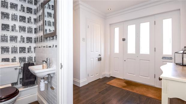 Cloakroom/Hallway