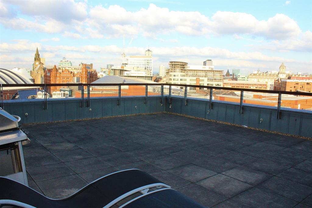 Main Roof Terrace