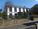 Ground Flat to rent in Redruth