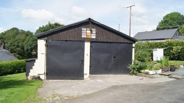 Detached Garage/W...