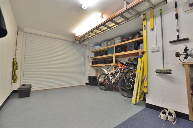 Garage (Internal)