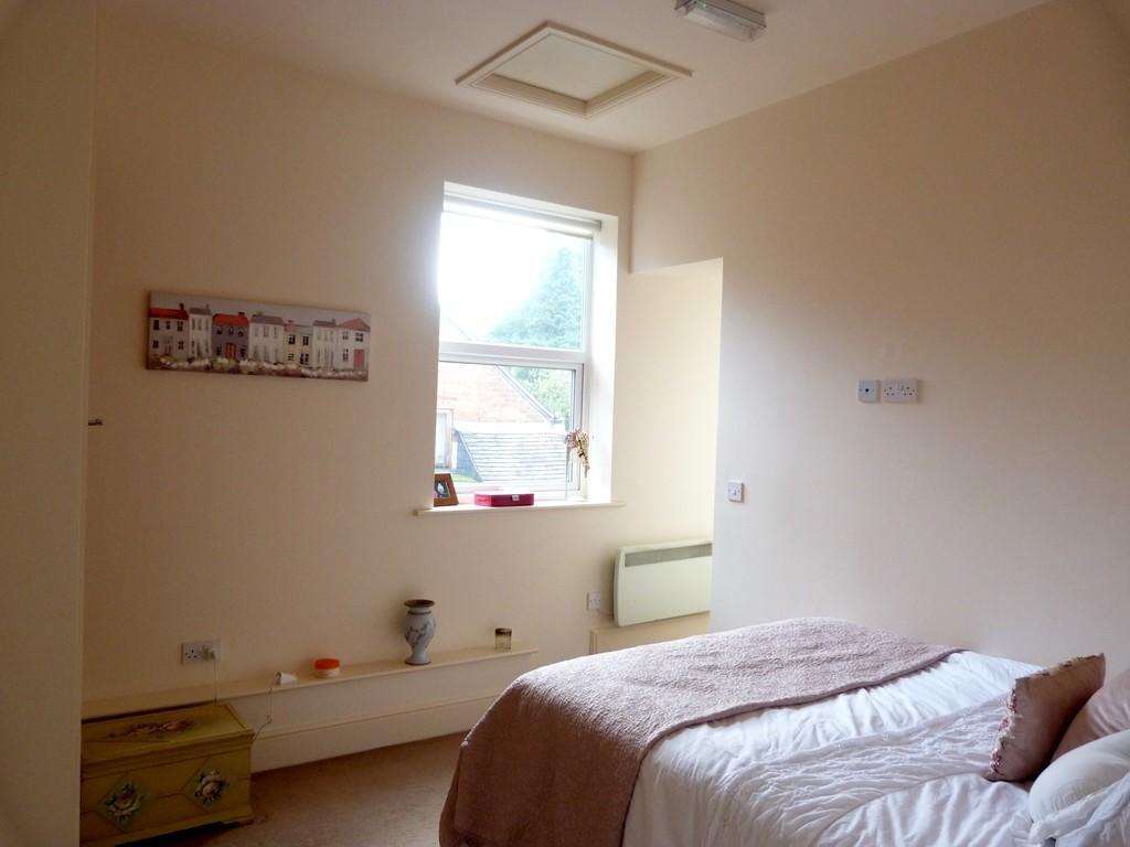 Bedroom other vie...