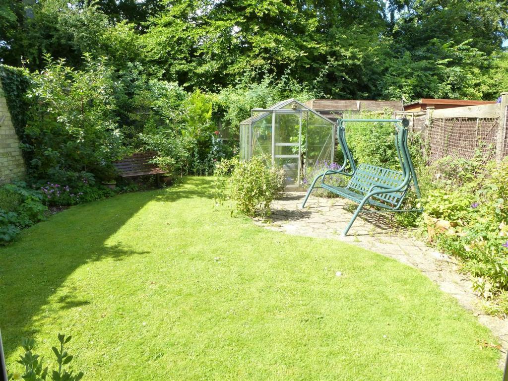 Rear Garden (Potenti