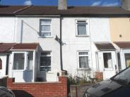 2 bed Terraced property in Tamworth Lane MITCHAM...