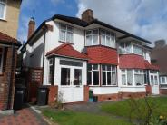 4 bed semi detached home in The Ridgeway Waddon...