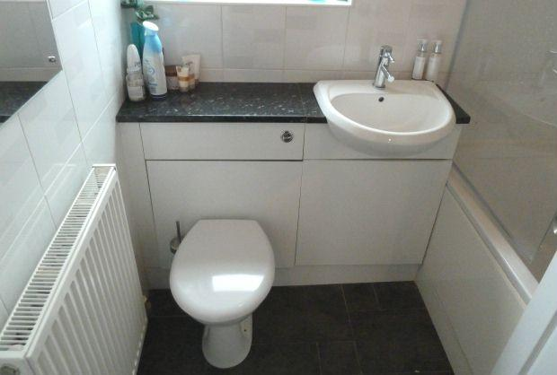 Schreiber Fitted Vanity Unit Gloss White  Bathroom  4 bedroom semi detached  house for sale in Rochford Gardens Slough. Schreiber Bathroom Vanity Units