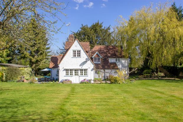 Yew Tree Cottage.jpg