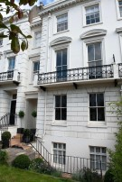 Town House for sale in Montpelier Crescent...