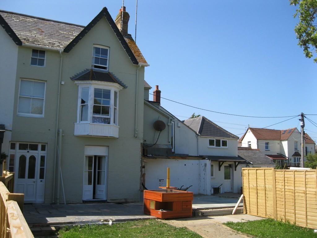 Hotel for sale in saunders house former sandpipers site po40 for Former hotel for sale