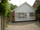 2 bed Detached Bungalow in Pinewood Close...