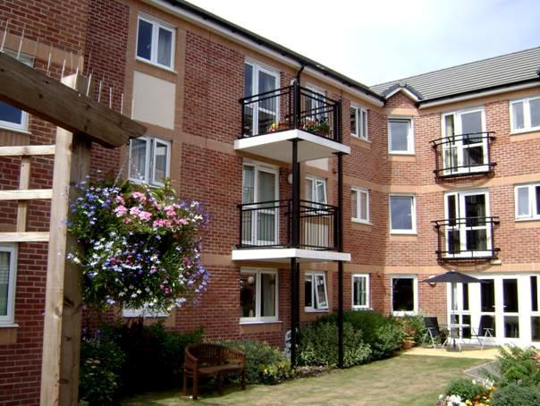 2 bedroom apartment for sale in hardy 39 s court dorchester road weymouth dt4 7nl dt4 for 2 bedroom apartments in dorchester ma