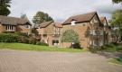 2 bed Apartment in Oakwood Park...