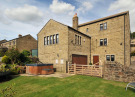 4 bedroom Detached property in Daisy Bank...
