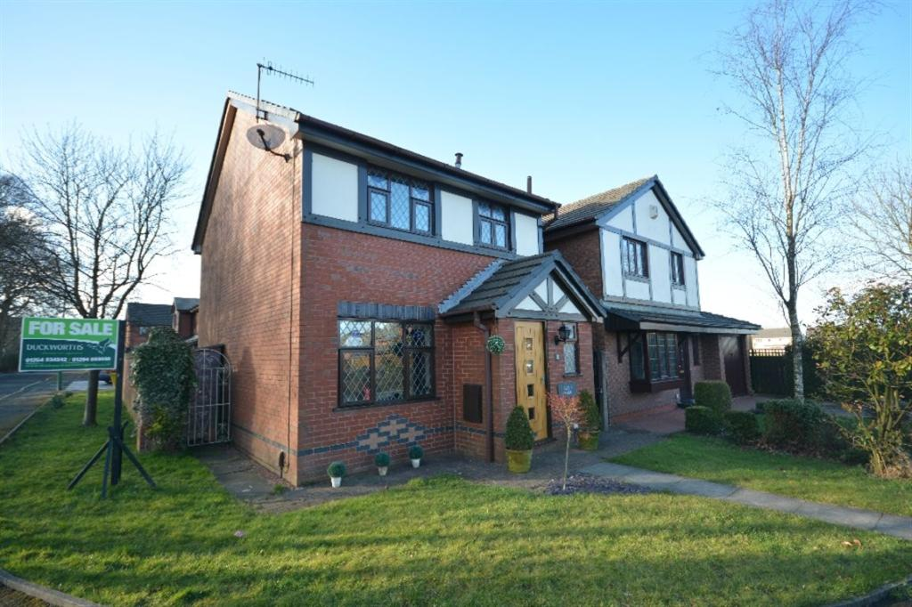 3 Bedroom Detached House For Sale In Willow Park Oswaldtwistle Lancashire Bb5