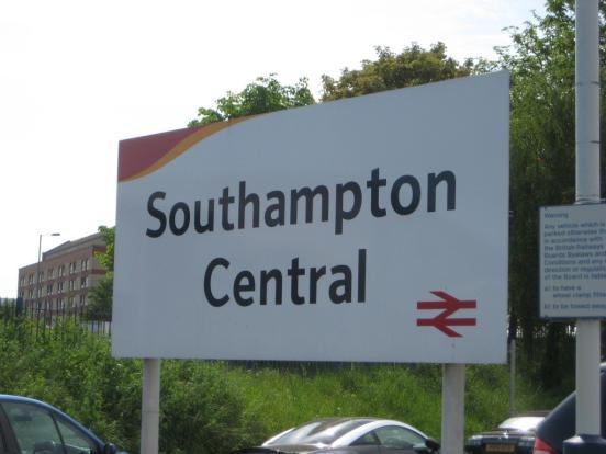 southampton train st