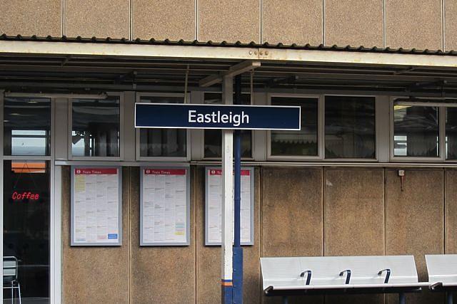 eastleigh train stat