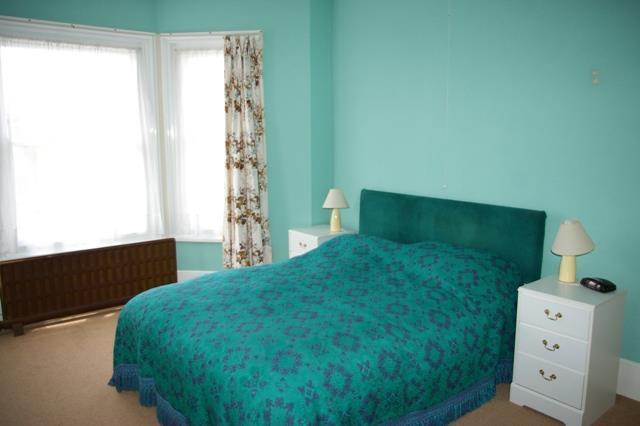 BED 1 NEW.JPG