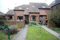 2 bed Maisonette for sale in Chiltern Court...