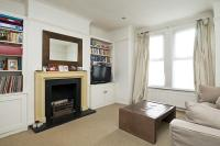 Apartment to rent in Thames Road, Chiswick, W4