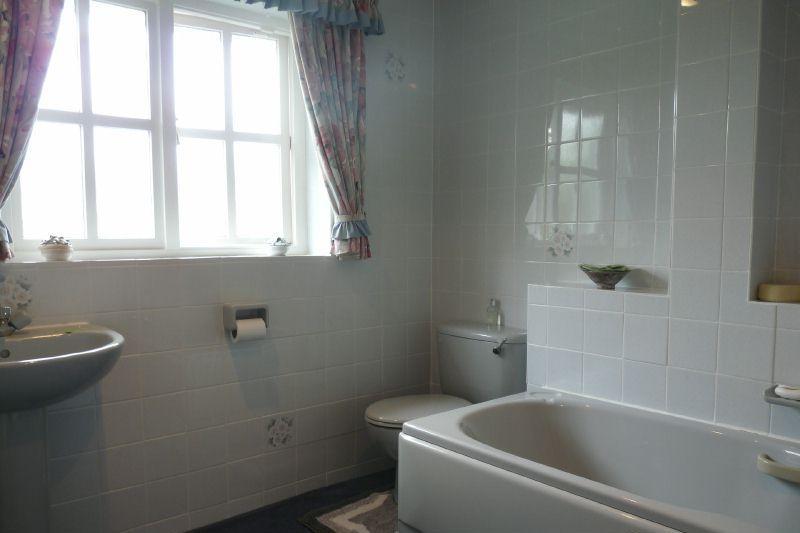 Bathroom Design Ideas, Photos & Inspiration   Rightmove