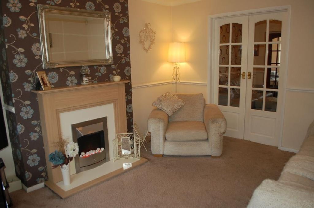 3 Bedroom Semi detached House For Sale In 49 Middlethorpe