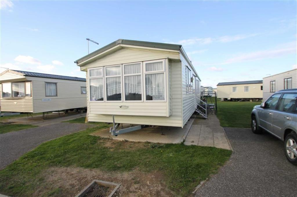 3 bedroom mobile home for sale in the orchards point