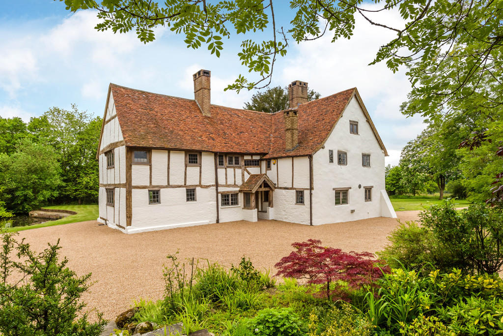 5 Bedroom Farm House For Sale In Woolborough Lane Outwood Surrey Rh1