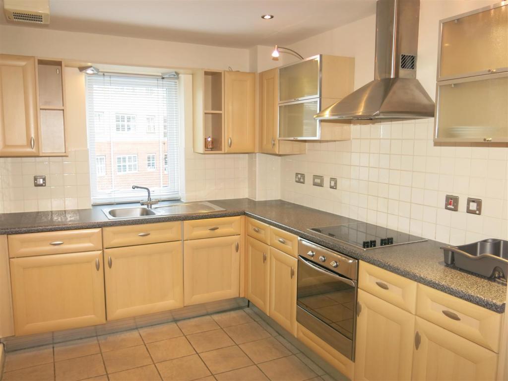 Separate Kitchen (2)