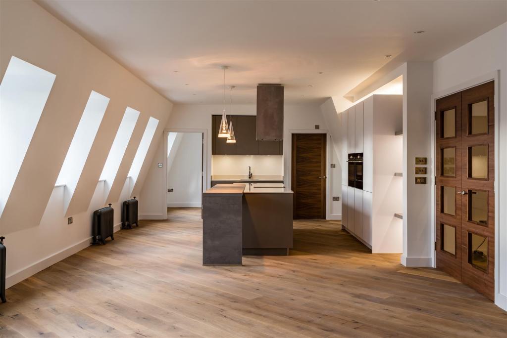 St Pauls Penthouse-6