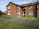 Studio apartment in Meadow Close...