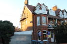 2 bedroom Flat in Queens Road, Felixstowe...