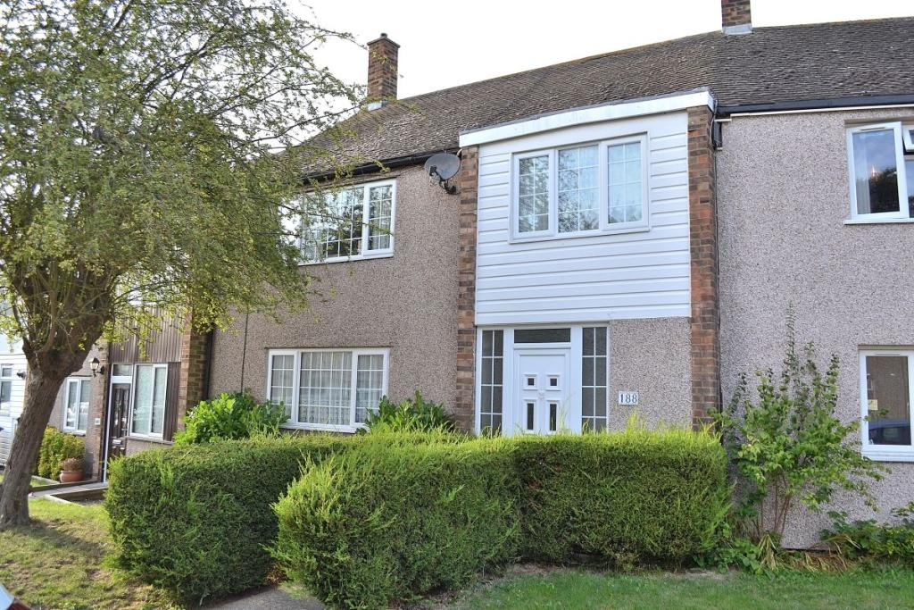 Property On The Market With Intercounty Harlow