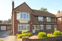 2 bedroom Maisonette for sale in The Sigers, Eastcote...