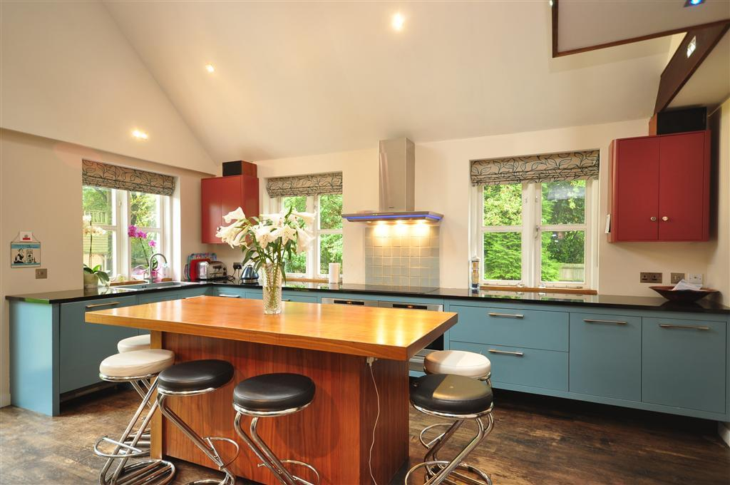 Roman Blind Kitchen Design Ideas Photos Inspiration Rightmove Home I