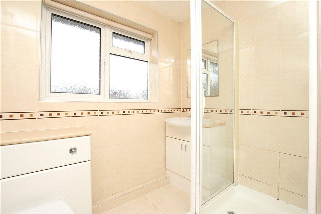 07 Shower Room